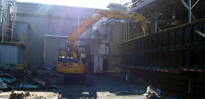 Scrap Metal Cleanup and Removal Services for Commercial and Industrial Businesses